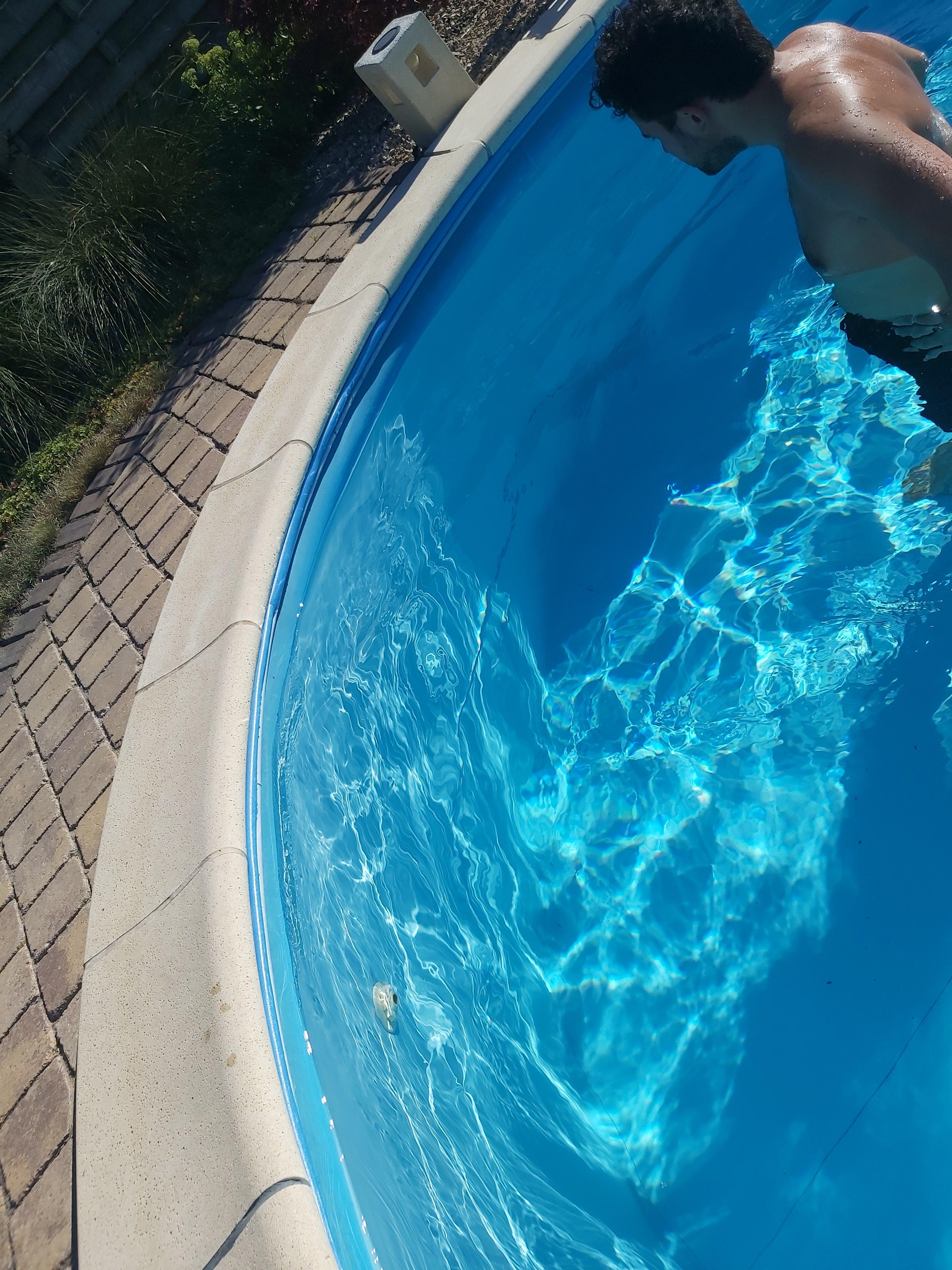 U-profiel van schuim (per strook) gebruik: Bovenrand aan zwembad