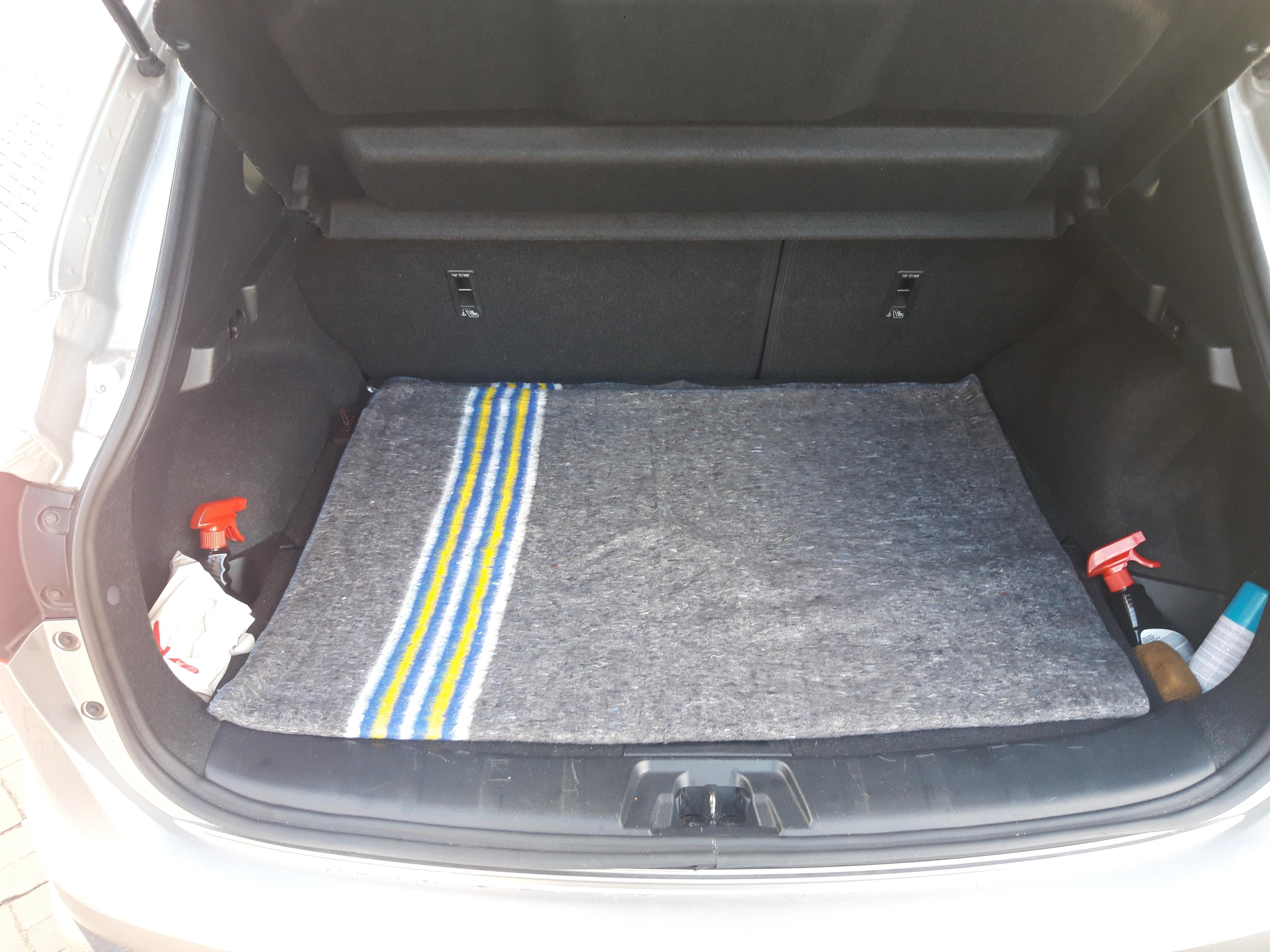 Verhuisdekens (150 x 200 cm) gebruik: Bescherming bodem kofferbak
